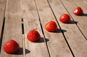 strawberries-706650_640