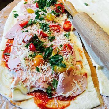 pizzas roulées spéciales EURO2016.jpg7