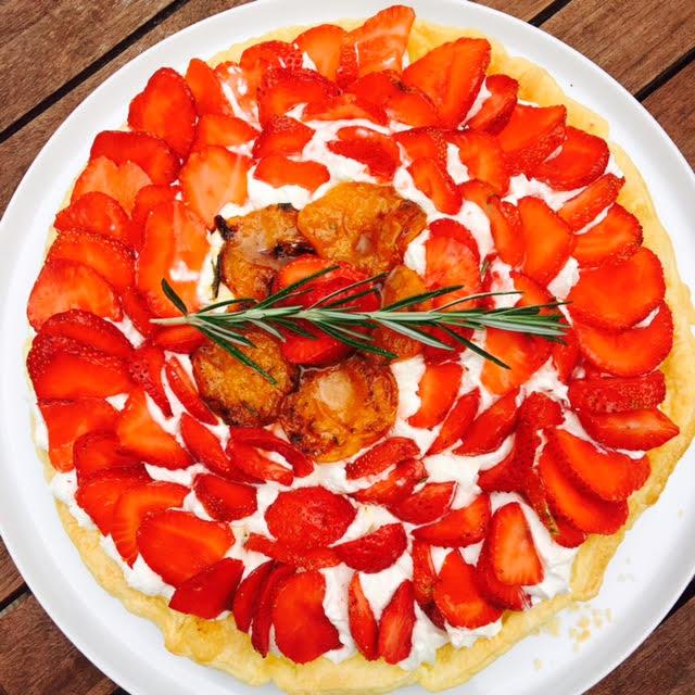 tarte fraise abricots.jpg10