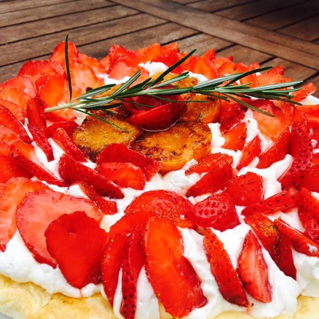 tarte fraise abricots.jpg8